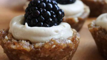 vegan blackberry lemon tarts