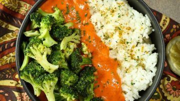 vegan red pepper curry rice