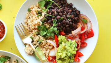 vegan cauliflower rice burrito bowl
