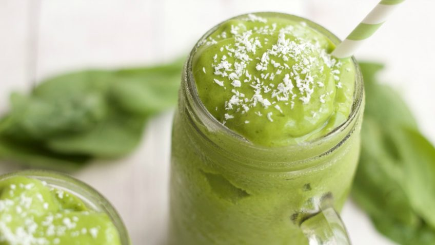 vegan matcha green tea smoothie