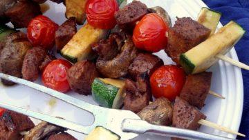 vegan teriyaki seitan and veggies kebab