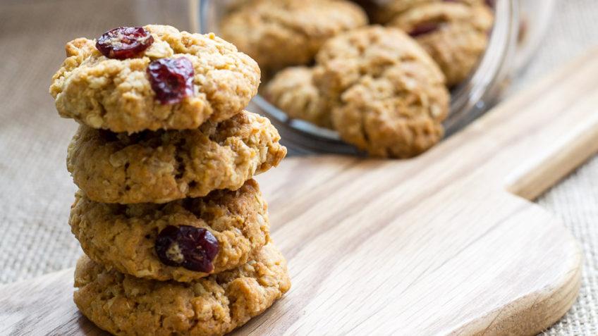 vegan coconut cranberry cookies