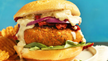 vegan sun-dried chickpea burgers