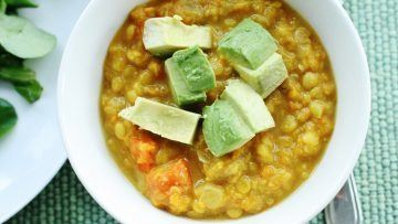"Vegan yellow lentils with avocado ""croutons"""