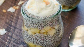 banana-coconut-cream-chia-pudding-parfaits