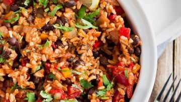 vegan mexican rice with black beans