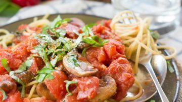 Vegan Spaghetti All'arrabbiata with Mushrooms and Bell Peppers