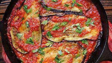vegan eggplant in tomato sauce
