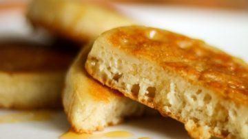 vegan homemade crumpets