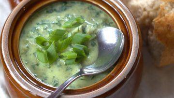 vegan spinach and artichoke soup