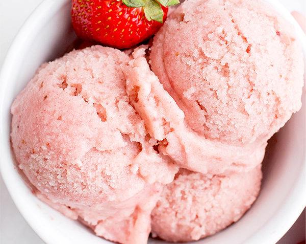 vegan homemade strawberry sorbet