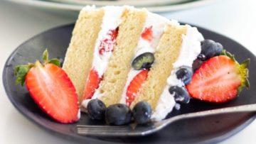 vegan vanilla naked cake