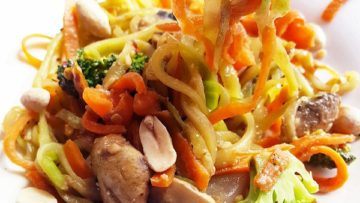 vegan veggie noodles stir-fry with peanut sauce