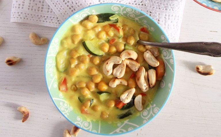 vegan zucchini cashew curry