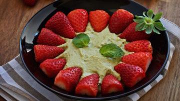 vegan avocado white chocolate mousse