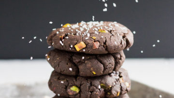 vegan chocolate chip cookies with pistachios and sea salt