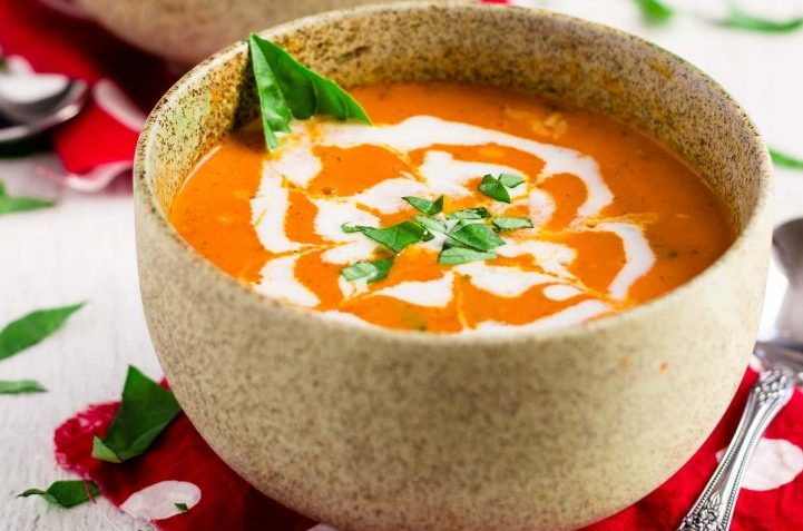 vegan coconut tomato bisque